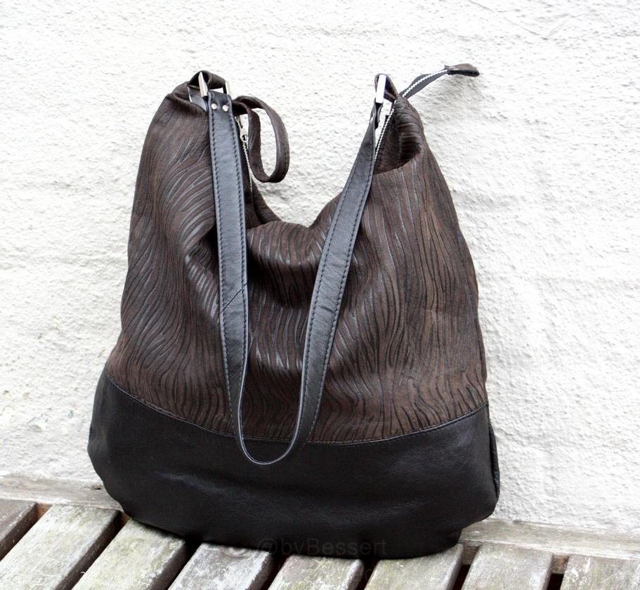 Den første taske syet af en nederdel fra Vien