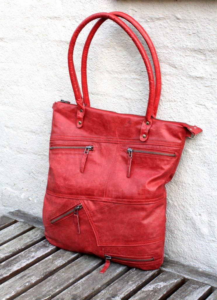 The red city bag
