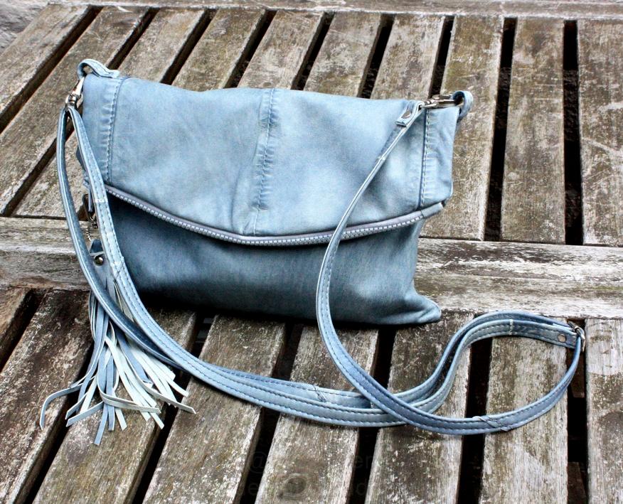 En blå Barcelona taske